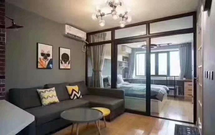 烟台装修:一居室以灰色为主色调,干净沉稳不失品味。